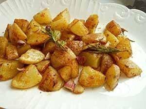 Patatas con ajo con romero