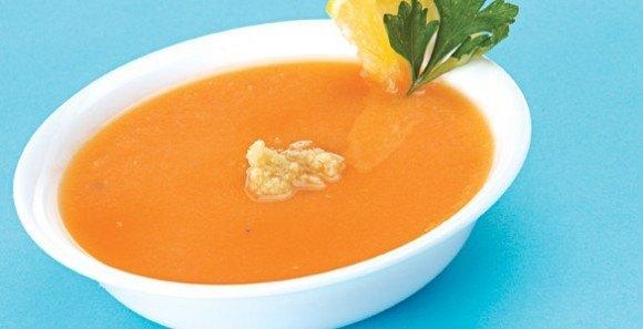 Sopa de zanahoria fría
