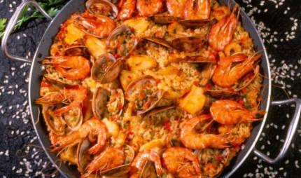 Paella con Langostinos